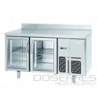 Mesa refrigerada con puertas de cristal y luz led 1500